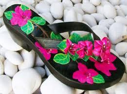 "Ide Usaha ""Hand Painted"" Sandal Jepit Bahan Kulit"